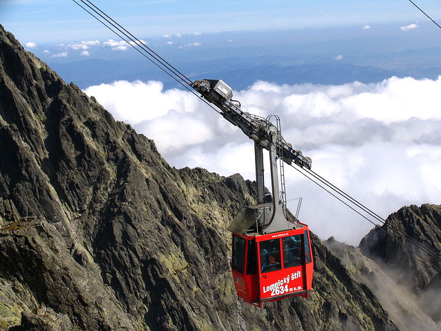 Cableway to Lomnicky Peak